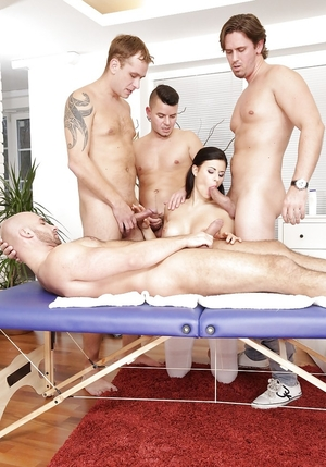 Brunette can do everything guest wants and plus even being double penetrated