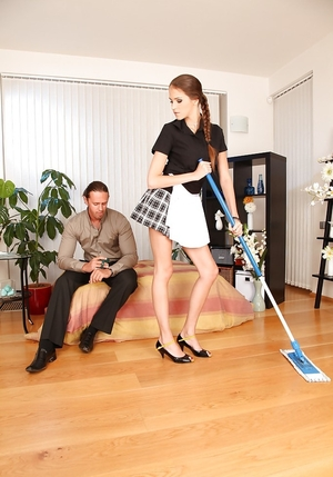 Underweight maid was doing her job when got a first-class idea - to get employer's dick